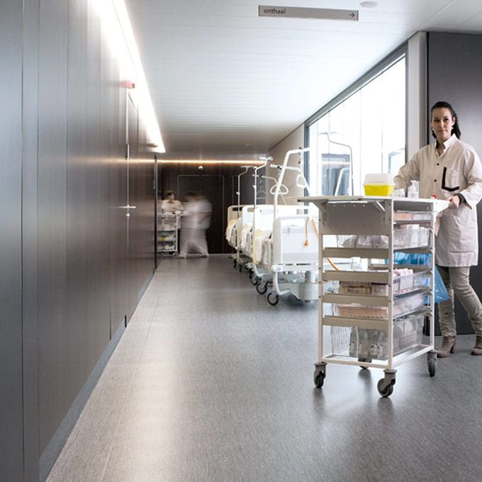 Controlled management of hospital waste